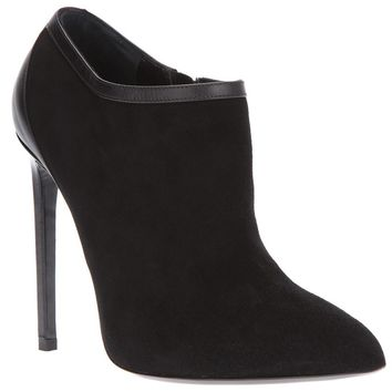 Saint Laurent 'Classic Paris' ankle boots