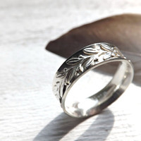 laurel ring silver engagement ring, leaf ring silver wedding band, lace silver ring, laurel wreath ring, filigree ring silver 5mm wide