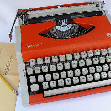 Olympia Olympiette 2 Typewriter Manual Portable