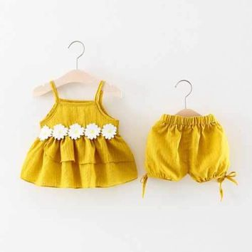 Cute Daisy Baby Summer Outfits Set