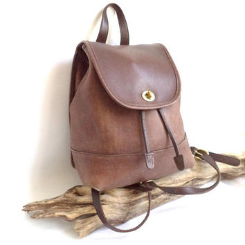 7e32b6efdc8d COACH Big Vintage Brown Leather Turnlock Bag Backpack Bucket Dra