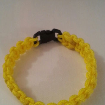 Yellow paracord parachute cord 550/325 bracelet with survival buckle or regular buckle