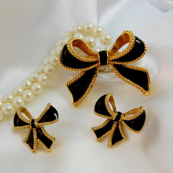 Vintage Necklace Earring, Kenneth J Lane,KJL, Black Bow and Pearl,Camelot Collection AVON