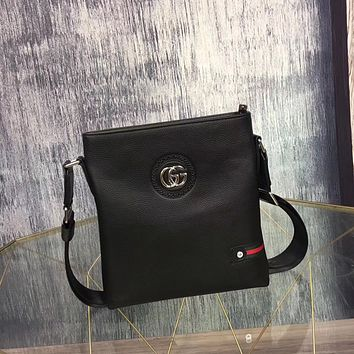 GUCCI MEN CASUAL LEATHER INCLINED SHOULDER BAG
