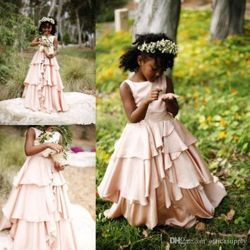 2017 New Pretty Blush Pink Flower Girl Dresses for Weddings Ruffles Little Girls Kids First Communion Girls Pageant Gowns F34