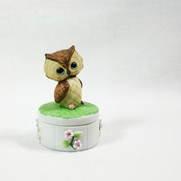 Vintage Lefton China Porcelain Owl Trinket Box