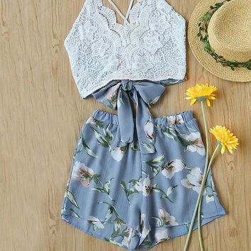 2 Piece Set Women Summer Sleeveless Lace Panel Crisscross Bow Tie Back Halter Crop Top With Floral Shorts