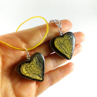 Golden heart pendant Yellow gift idea Heart necklace Gold hearts Black heart chain Sand pendant Golden gift for woman Heart love jewelry