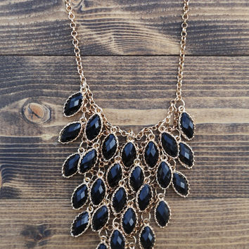 Absolute Oval Statement Necklace