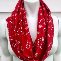 Red Christmas Scarf-Candy Cane Handmade Flannel Infinity Scarf-Women's Winter Chunky Scarf-Toddler Kid's Christmas Scarf-Mommy and Me-