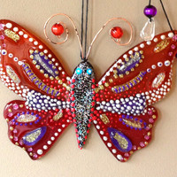 Handmade  BUTTERFLY GIVING LOVE glass fusing techniques gift lovers fathers mothers sister hasband family amulet talisman