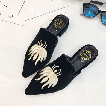 Women Embroidery Velet Mules Fur Slides Chiara Ferragni Furry Slipper Flat Heel Platform Flip Flops Slipony Mule Sandals Shoes