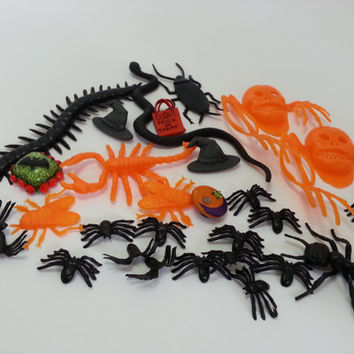 Halloween, Destash, Lot, Odd Mix - Embellishments, Flex Molds, Jewelry Making, Jewelry Supplies, DIY, Kitsch