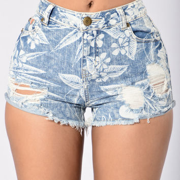 Seeing Things Shorts - Light Blue