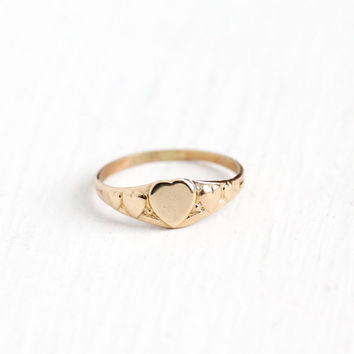 Vintage Art Deco 10k Rosy Yellow Gold 1930s Heart Motif Ring - Size 3 1/4 Children's Baby Petite Tiny Midi Romantic Fine Pinky Ring Jewelry
