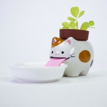 Thirsty Critter Self-Watering Planter