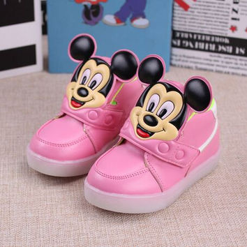 children shoes with light 2016 European fashion cute mickey boys sport LED lighting shoes Lovely kids sneakers boys girls boots