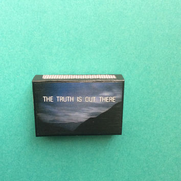 X-Files matchbox magnet