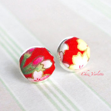 Red flower stud earrings / fabric post / blossom studs / Cute jewelry