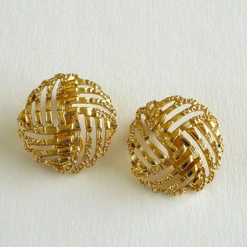 Monet Gold Tone Earrings, Monet Clip On Round Earrings, Vintage Monet Jewelry