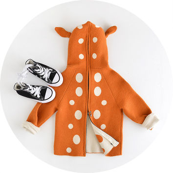 2016 New Autumn Girls Sweater Long Sleeve Cute Little Deer Design Jackets Girls Zipper Wool Warm Outerwear Kids Hooded Coat