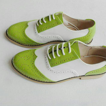 Green Women's/Men's leather shoes, Handcrafted vintage brogue wingtips,retro leather shoes, 30 colors choices ,XL or XS shoes