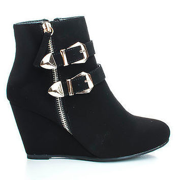 Paola90 By Forever, Strappy Buckle Zipper Round Toe Ankle Wedge Bootie