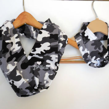 Daddy and Me Camo, Infinity Scarf, Black, Gray and White, Father's Day Gift, Baby Shower Gift, Mommy and Me, Mother's Day Gift