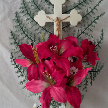 Jesus on Cross with Fuchsia Lilies