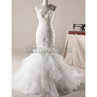 Elegant Simple Strapless Neckline Ruched Bodices Mermaid Wedding Dress Organza Layers Skirt Sweep Train with Floral Ruched bust