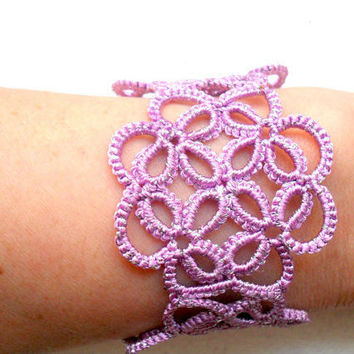 Tatting (Frivolite) Bracelet - Tatted Lace Bracelet, purple bracelet, Lace tatting bracelet, purple lace