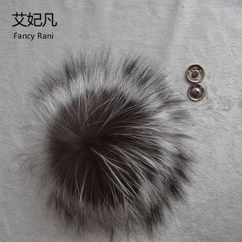 Big Genuine Real Silver Fox Fur Pompom Fur Pom Poms Ball for Hats & Caps Accessories Natural Fur Pompon Ball For Shoes Hats Bags
