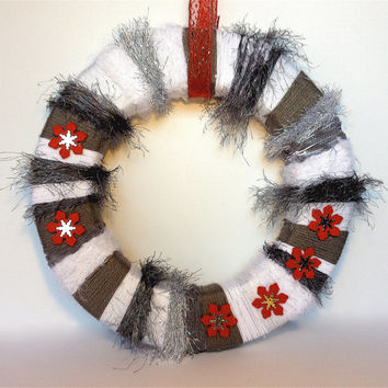 Christmas Wreath, Winter Yarn Wreath, White and Gray Winter Decor - 14 inches