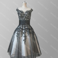 Sheer Short Prom Dresses Black Tulle with Champagne Inside Lace Appliques Beaded Sequins Knee Length Evening Dress Vintage Party Dress 2015