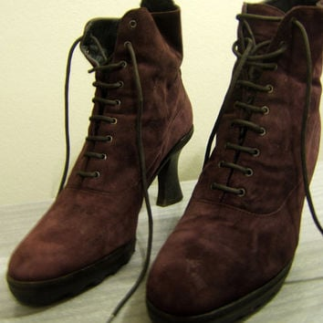 Vintage DKNY Donna Karan New York Suede Velvet Lace Up Purple High Heel Ankle Granny Boots