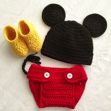 9607115153f Crocheted Newborn Boys Mickey Mouse Photo by BowBabiesBoutique