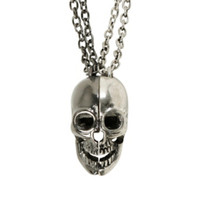 LOVEsick Split Skull Best Friend Necklace Set