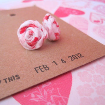 Valentine Earrings  Valentine Hearts Fabric by VintageOoakDesigns