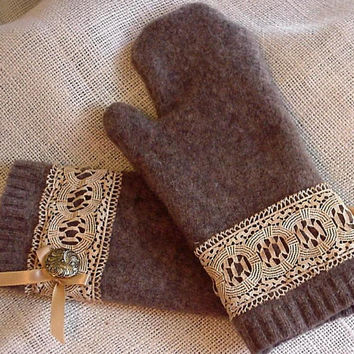 Lambs Wool Mittens Heather Brown Felted  Wool Mittens Upcycled Sweater itsyourcountryspirit