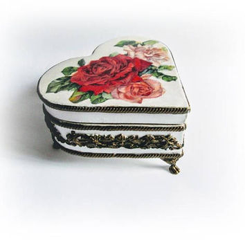 Vintage Jewelry Box Heart Box Wood Decoupage Box Victorian Ornamental Box Vintage Rosses White Floral Box Trinket Box Gift for Mom