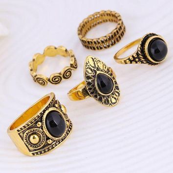 ONETOW Retro carved black clouds of precious stones ring five sets