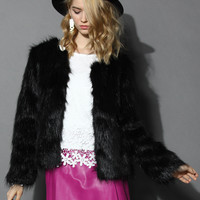 My Chic Faux Fur Coat in Black Black