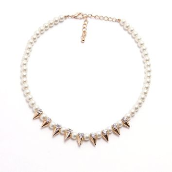 Thorns Of Bling Pearl Necklace - Gold