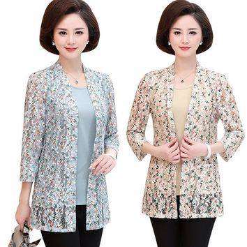 two piece set tops spring fall new middle age mother printed lace three quarter sleeve t shirt plus size fashion women tee shirt