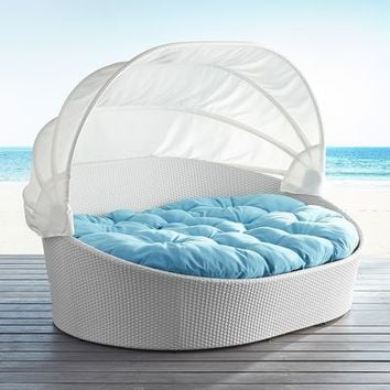 Double White Sunasan™ Lounger
