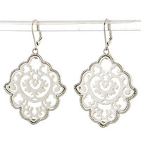 Elegant Motif Cut Out Earrings