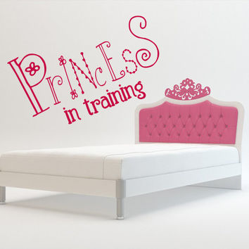 Wall decal decor decals princess training crown nursery inscription letter cartoon cheerful girl story (m608)