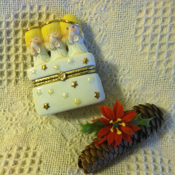 Angel Ceramic trinket Dish Vintage 3 Angels Praying Ring Jewelry Small Box White Yellow Pink Gold Detailed Jewellery Box With Stars
