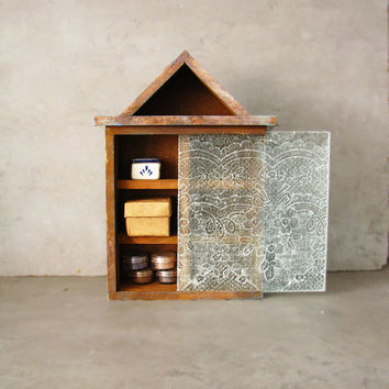 Rustic woodland Lace memory box or shadow box, jewelry sorter, jewelry storage box, rustic homewares, organization, home decor