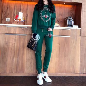 """Gucci"" Women Casual Fashion Hot Fix Rhinestone Bee Pattern Long Sleeve Cotton Sweater Trousers Set Two-Piece Sportswear"